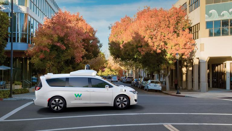 How Google Is Influencing Non-Tech Companies To Get Into The Self-Driving Car Race2