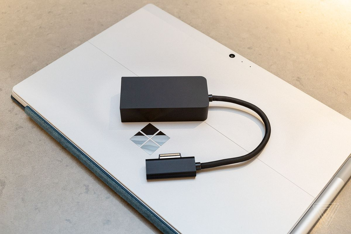 USB-C adapter could have been made better by Microsoft 11